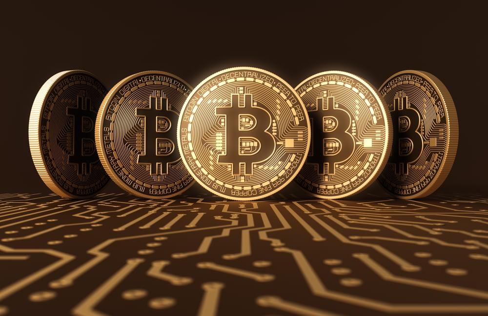 mi a felére csökkentése bitcoin)