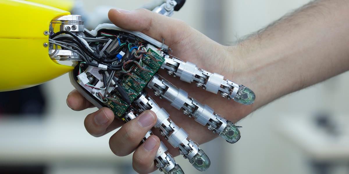 Felelősségre vonhatóak a robotok?